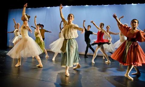 image of Yale Undergraduate Ballet Company (YBC) team